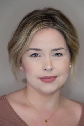 Lauren Barker Bb Network educator iidentity salon